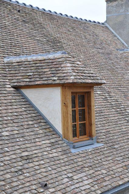 Construction charpente bois tours 37 auneau couverture for Fenetre capucine